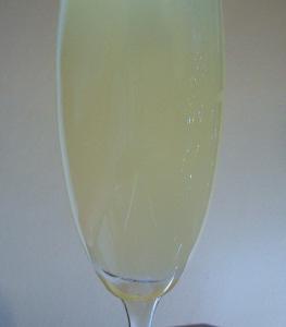 champagne-cocktails-fizz