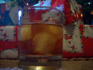 holiday-drinks-cinnamon-old-fashioned