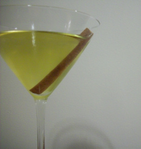 thanksgiving-cocktails-spiced-appletini