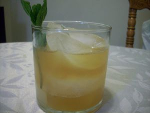 whiskey-sour-stringer